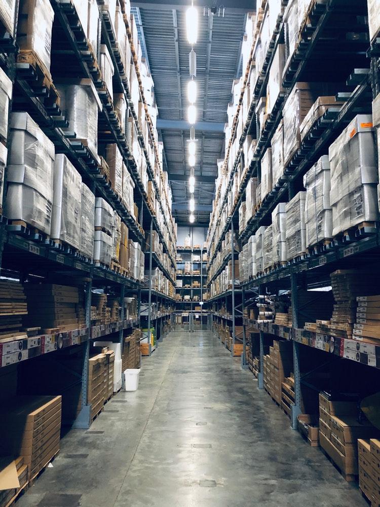 phương tiện và thiết bị lưu kho hồ sơ
